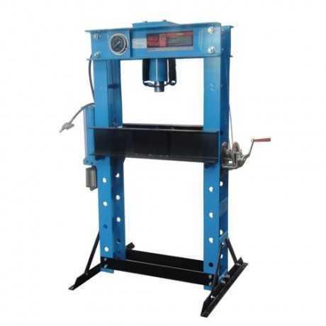 Presse hydraulique d'atelier 45 T + TREUIL levage